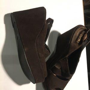 Chocolate brown suede platform shoes